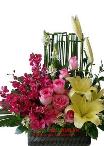 giỏ hoa 8-3 đẹp