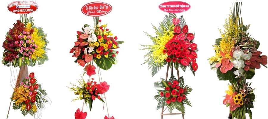 một số mẫu kệ hoa đẹp tại flower shop
