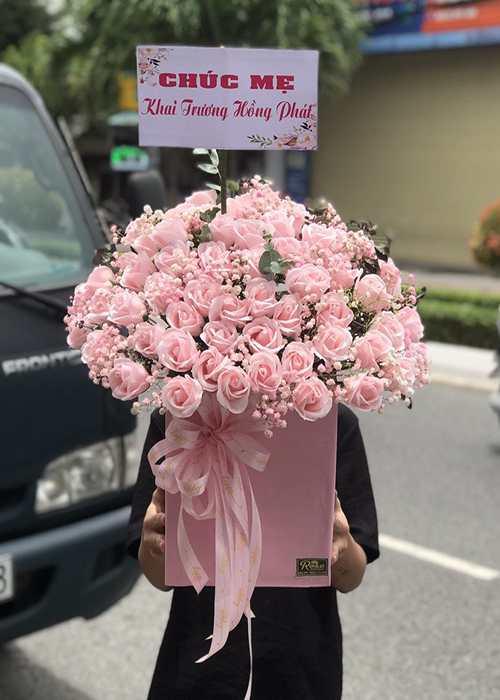 Shop hoa được nhiều khách hàng yêu thích