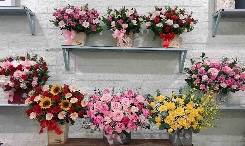 Những Mẫu giỏ hoa đẹp được khách hàng lựa chọn tại shop