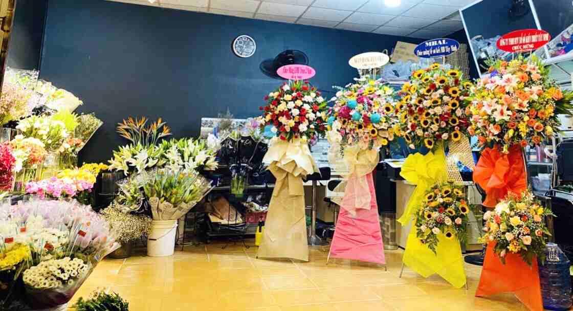Hoa khai trương tại Shop hoa tươi Tân Biên