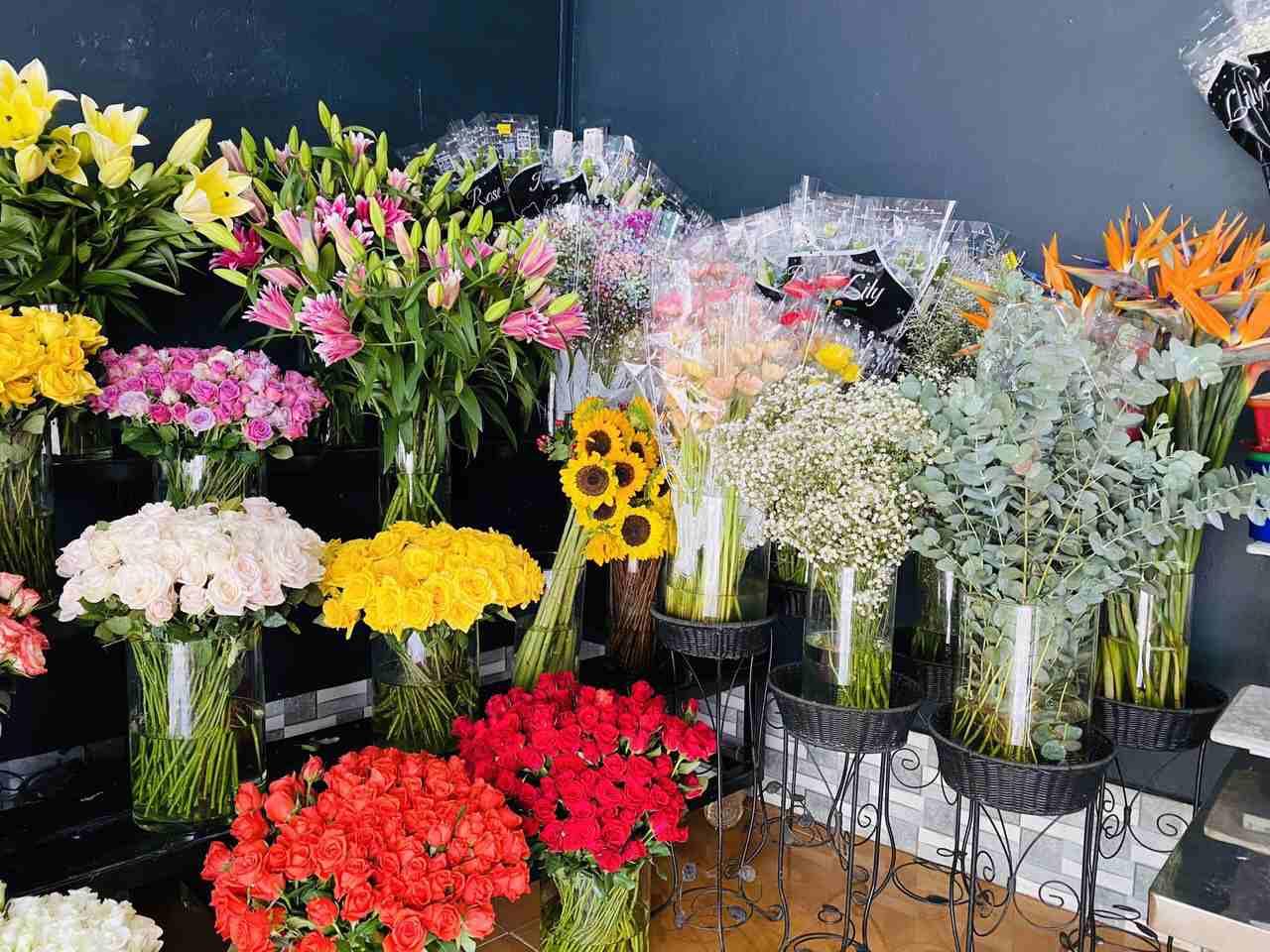 Flower Shop - Nơi cái đẹp còn hơn cả một món quà ý nghĩa