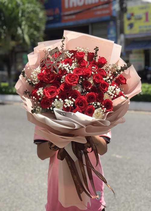 bó hoa được đặt online tại cửa hàng