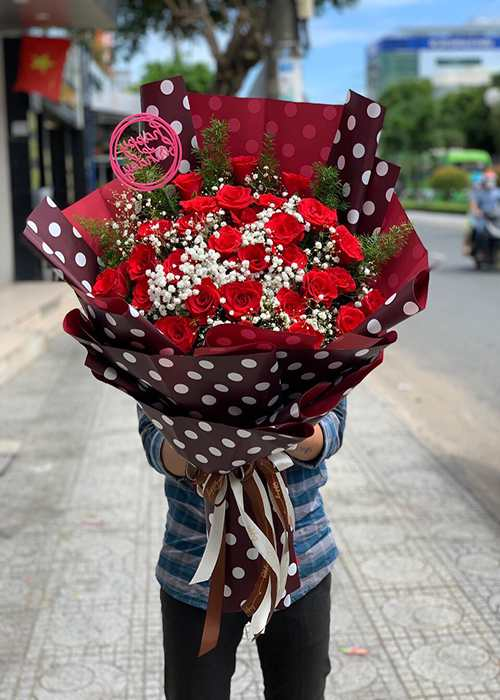bó hoa hồng đỏ 80 bông