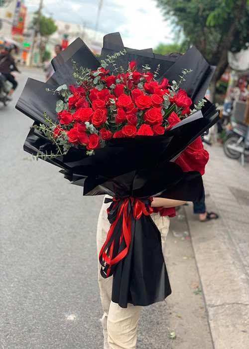 bó hoa tặng bạn gai