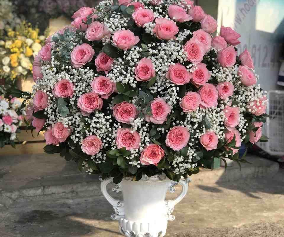 mẫu hoa cao cấp nhân dịp sinh nhật khách hàng tại quận 4