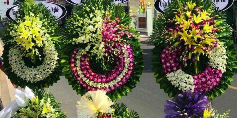 Vòng Hoa Đám Tang Kiên Giang Được Đặt online qua flowershop.com.vn