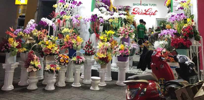 Hoa tại shop hoa tươi Hậu Giang