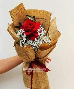 bó hoa hồng đỏ 1 bông baby trắng