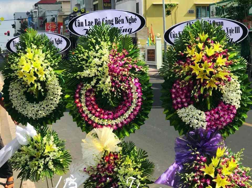 Đặt Vòng Hoa Tang Lễ Tại Bạc Liêu