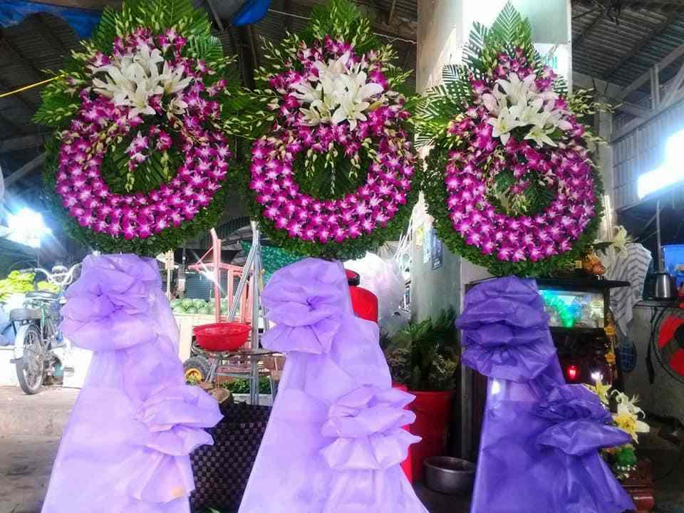 Đặt Vòng Hoa Tang Lễ Tại Vĩnh Long – Giao Hoa Tận Nhà – Chất Lượng Đạt Chuẩn