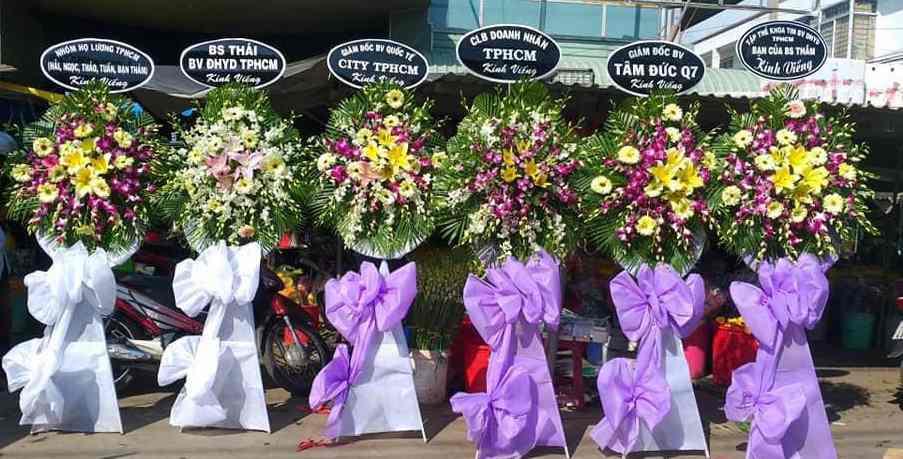 Flowershop.com.vn- địa chỉ Đặt vòng hoa tang lễ tại TPHCM uy tín