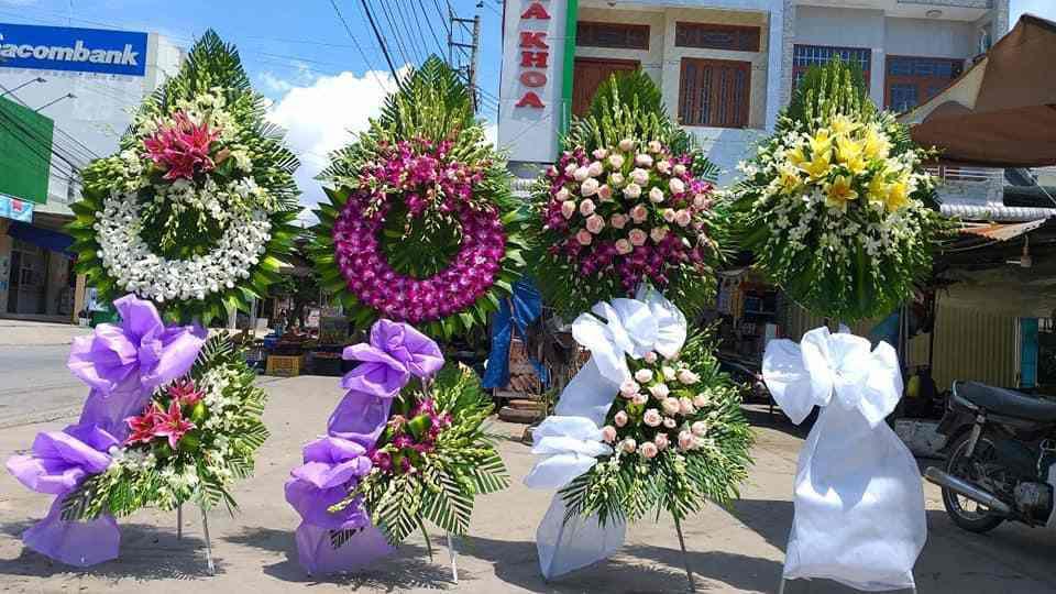 Đặt Vòng Hoa Tang Lễ Quận 5 Uy Tín Chất Lượng Hàng Đầu, Free Ship