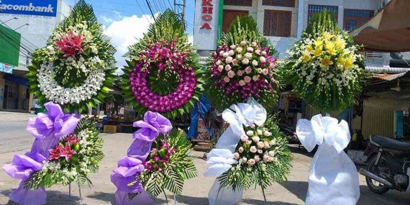 đặt vòng hoa tang lễ tại an giang – vận chuyển an toàn, hàng giao nhanh chóng