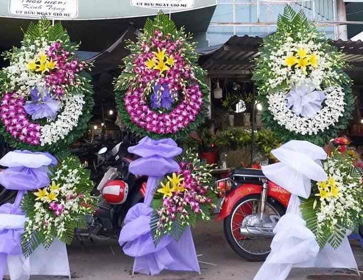 Flowershop.com.vn- địa chỉ Đặt vòng hoa tang lễ tại Biên Hòa uy tín