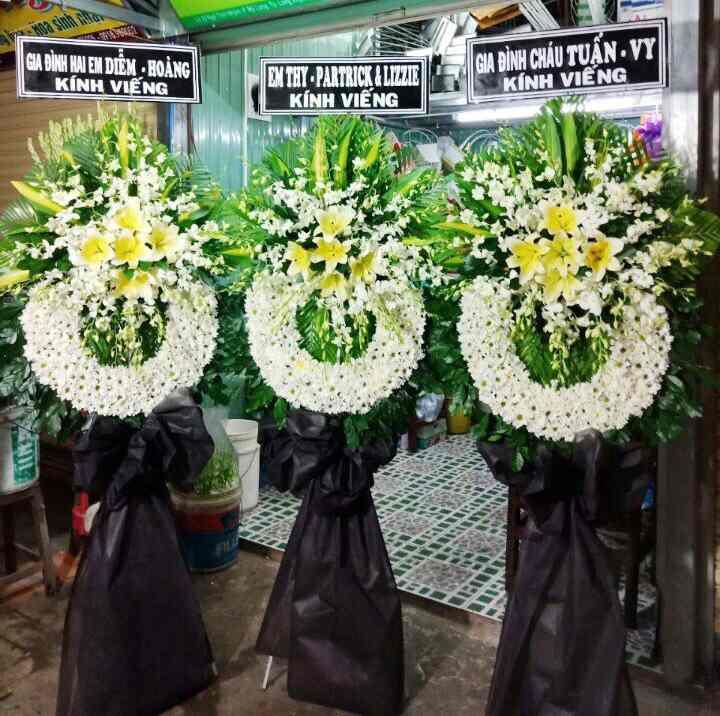 Đặt hoa vòng hoa tang lễ Vũng Tàu Giao hoa tận nơi nhanh chóng