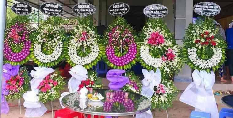 Đặt Vòng Hoa Tang Lễ Tại Cà Mau  Giao Hoa Tạn nơi nhanh chóng