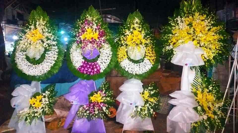 Vòng hoa tang lễ tại Sóc Trăng