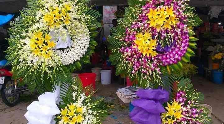 Đặt vòng hoa tang lễ tại hậu giang – đa dạng mẫu mã, giá cạnh tranh