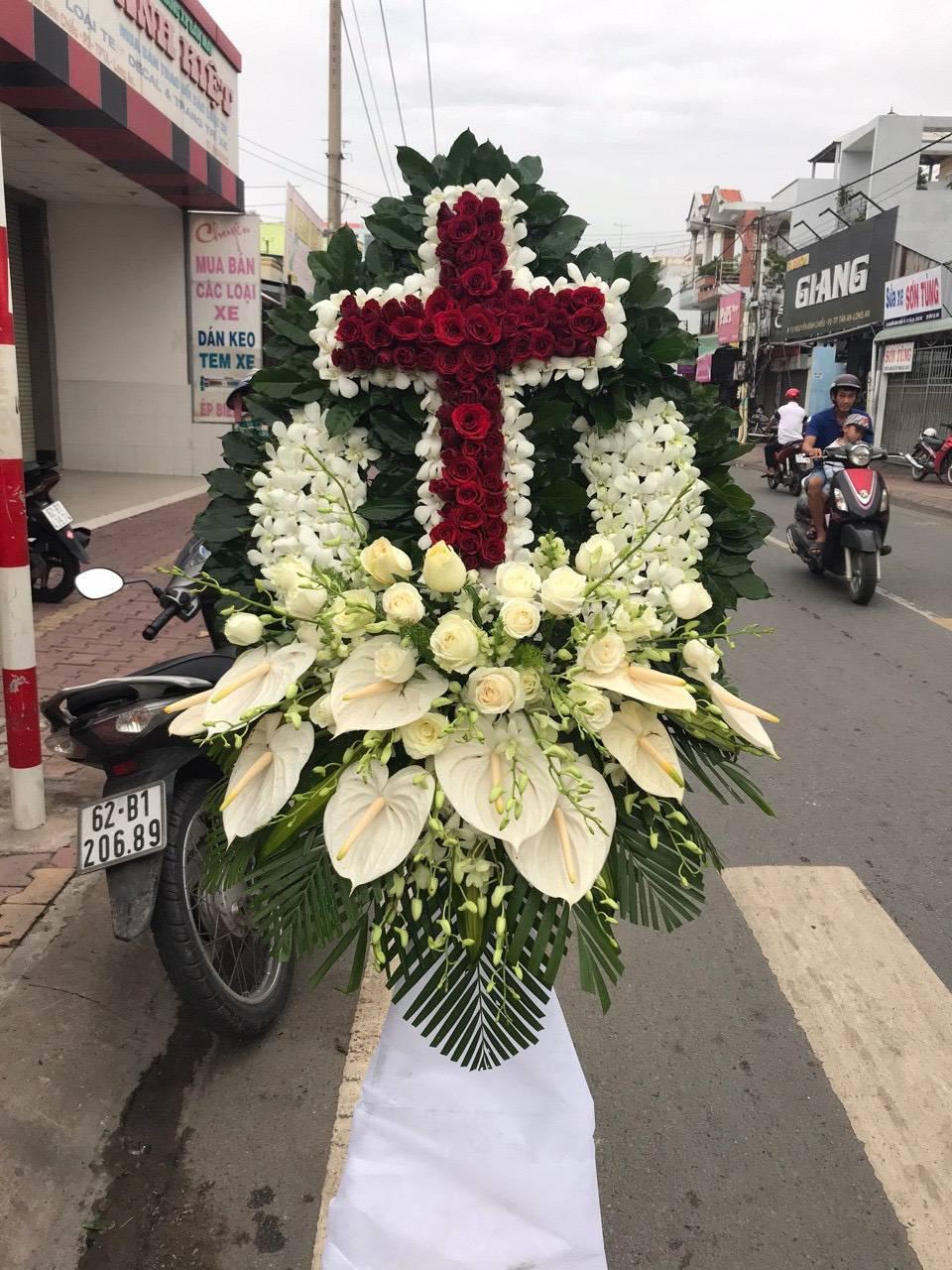 Hoa tang Lễ Tại Shop Hoa Tươi Tân Biên Tây Ninh